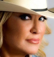 Tanya Tucker Packages (Tickets + Hotel)!